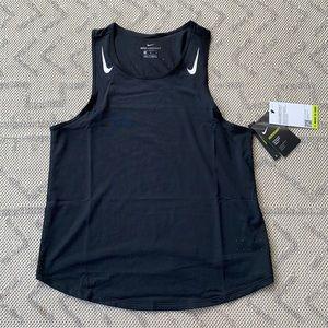 Nike Women's Aeroswift Tank NWT Sz M